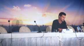 Taylor Lautner Twilight Saga Breaking Dawn Part 2 Press Conference Jacob Black